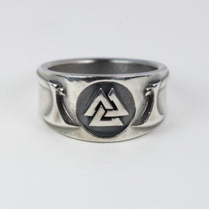 Valknut Battle Axe ring