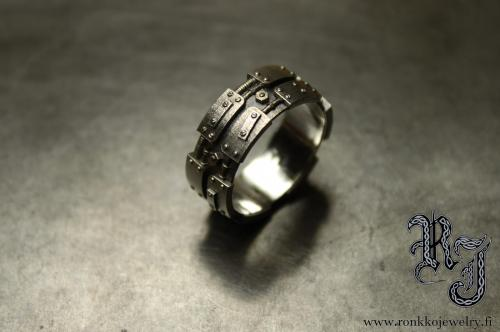 The plate ring