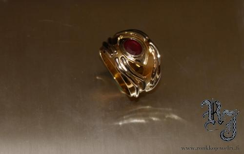 Ring white & yellow gold, Ruby