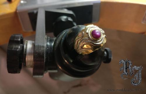 tursaan silmä eye tähtirubiini starruby whitegold valkokulta keltakulta gold 18k carat au585